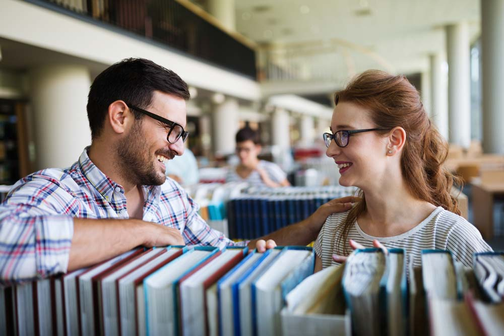¿Tienes que hacer tu TFM en la Universidad de Sevilla (US)?